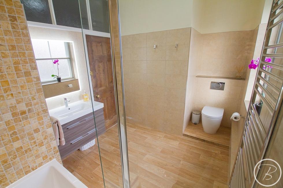 Bathroom Haughley 9