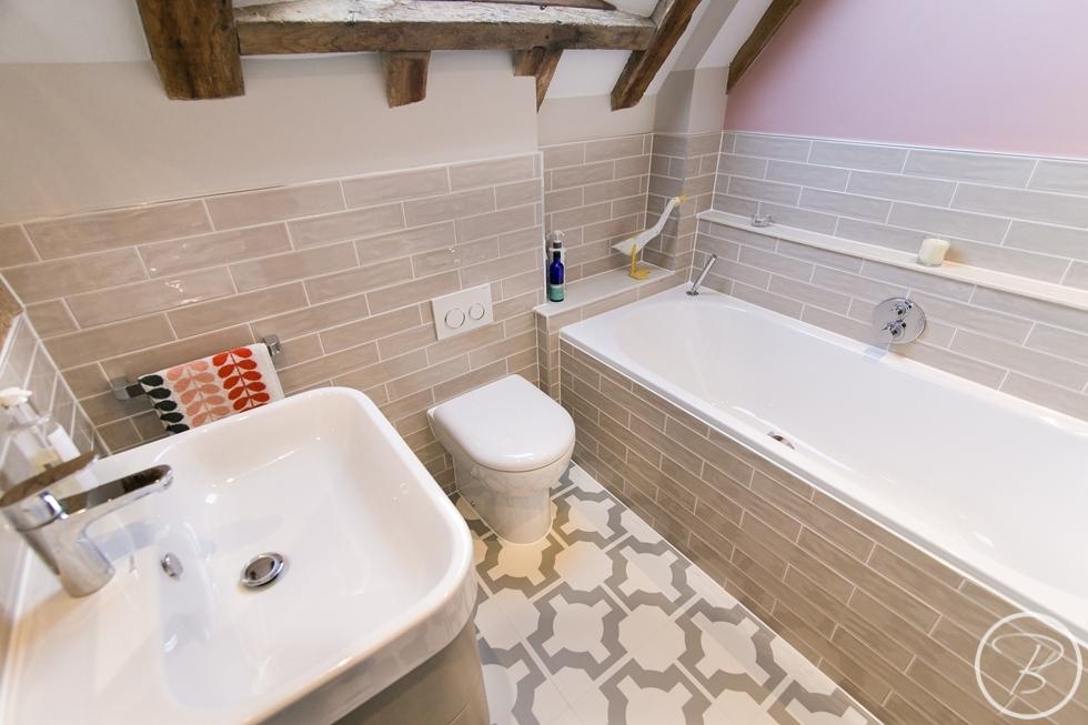 Bathroom WLW 10