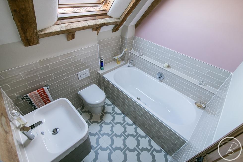 Bathroom WLW 2