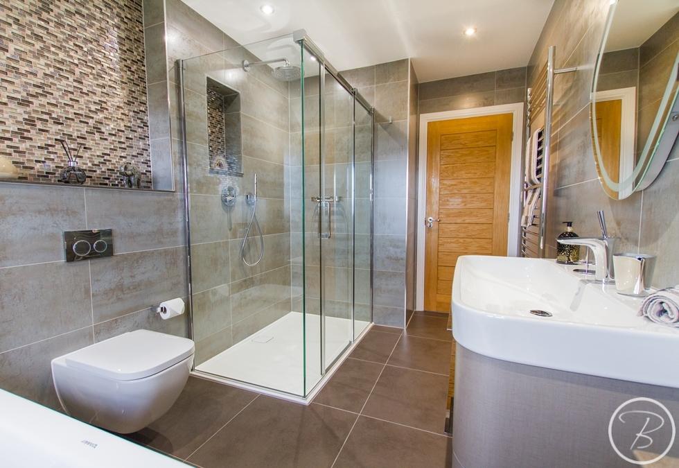 Bathroom Wentworth 2