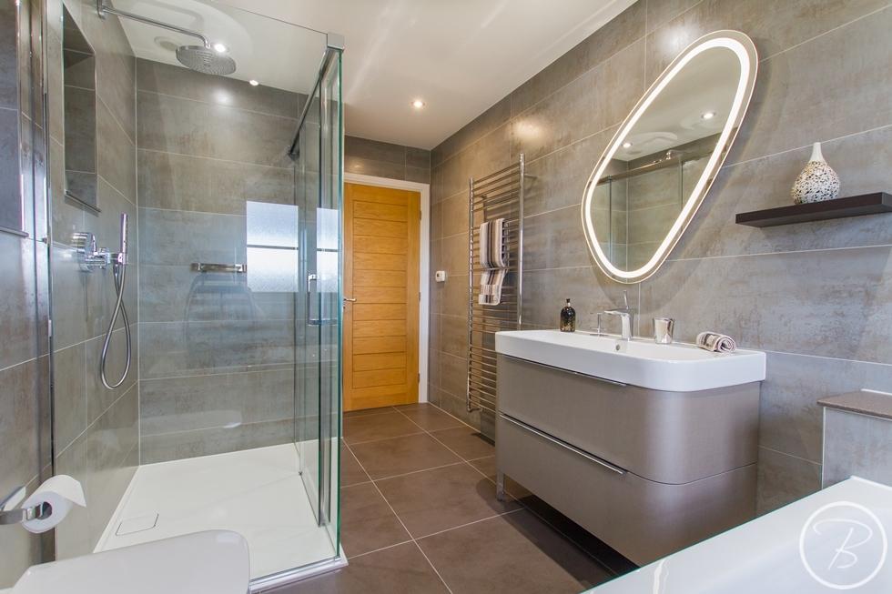 Bathroom Wentworth 3