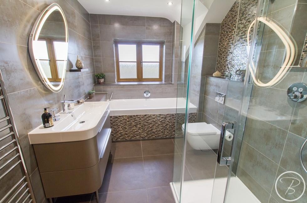 Bathroom Wentworth 8