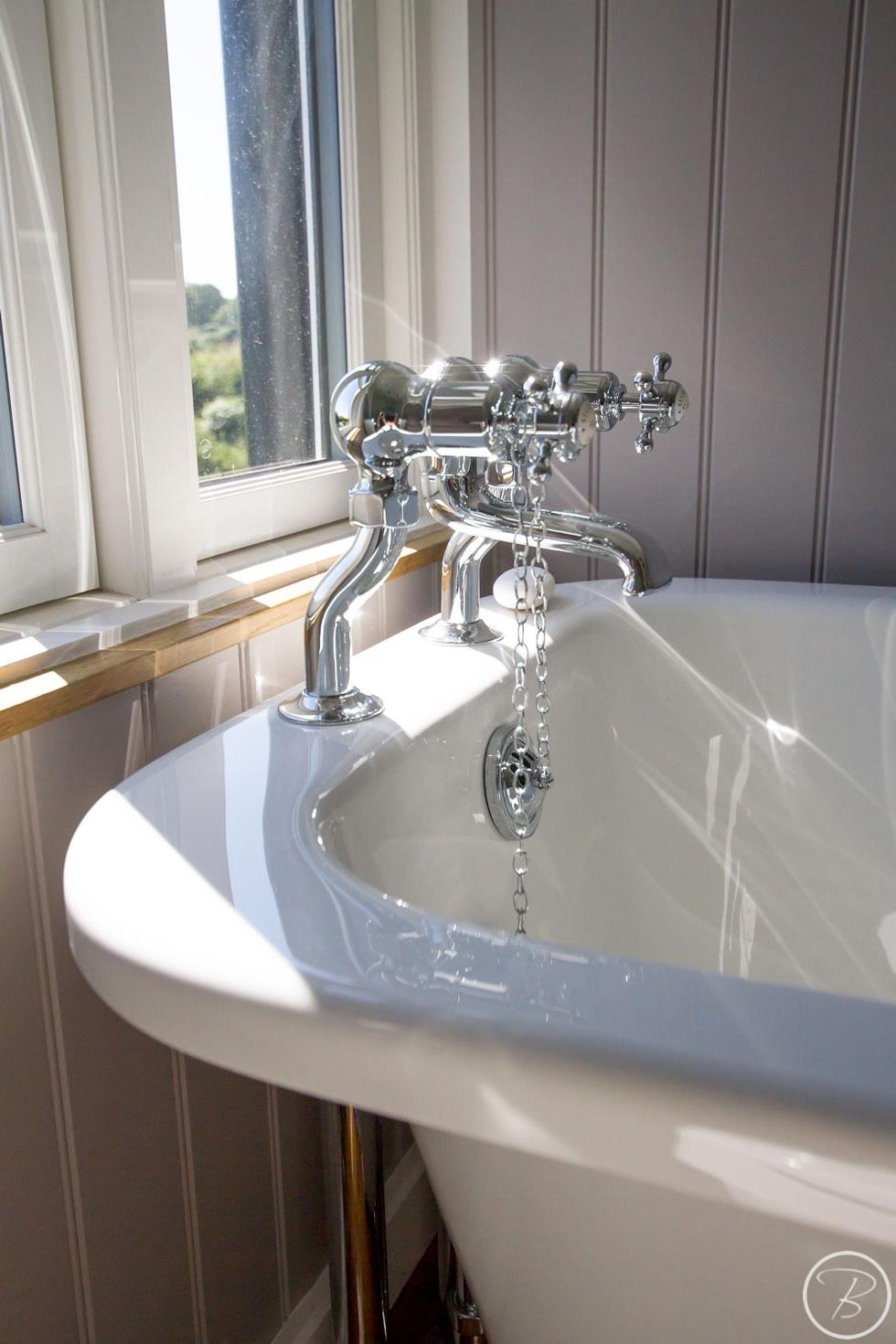 Holywell-Row-Bathroom-1-10