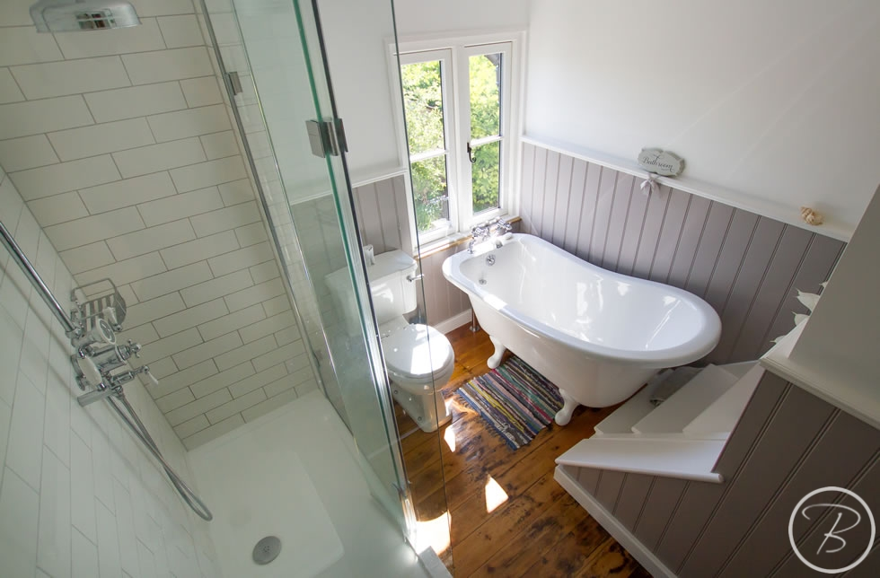 Holywell-Row-Bathroom-1-11
