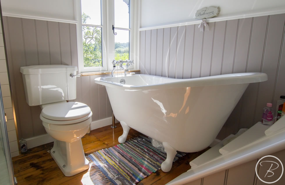 Holywell-Row-Bathroom-1-2