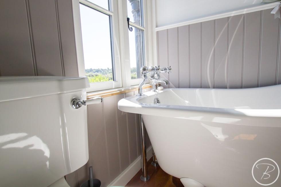 Holywell-Row-Bathroom-1-4